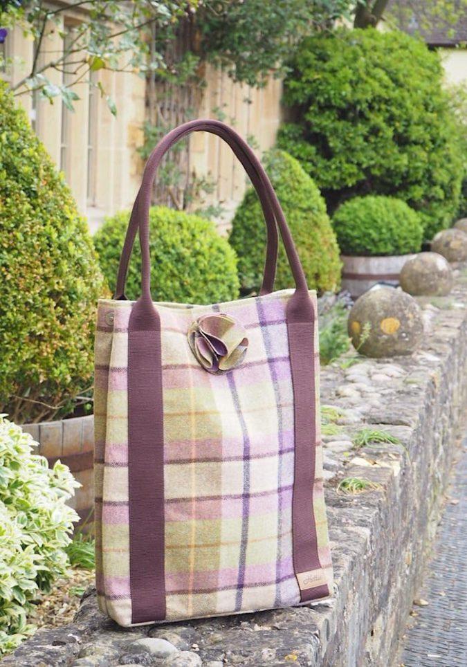 Hettie-handbag-2-675x964 15 Most Creative Handbag Designers in the UK