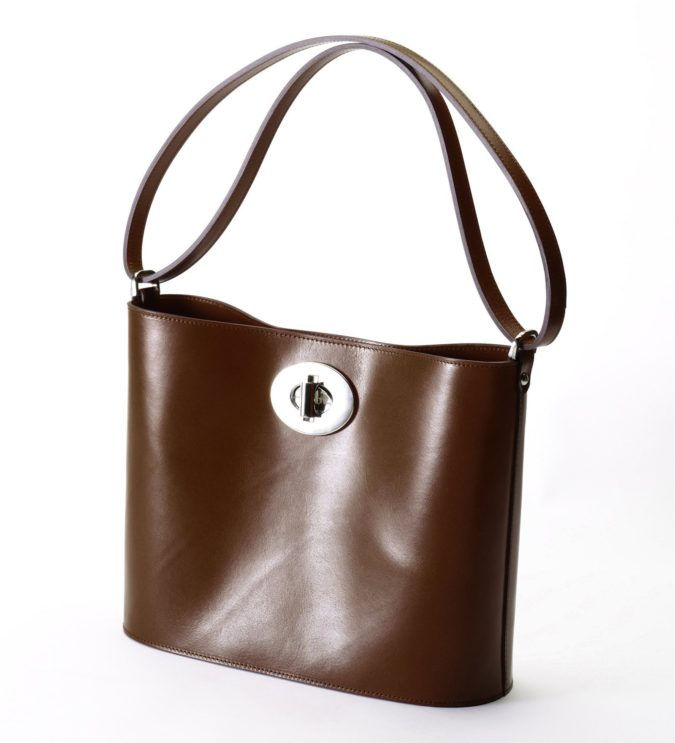 Zoe-Darling-handbag-2-675x743 15 Most Creative Handbag Designers in the UK