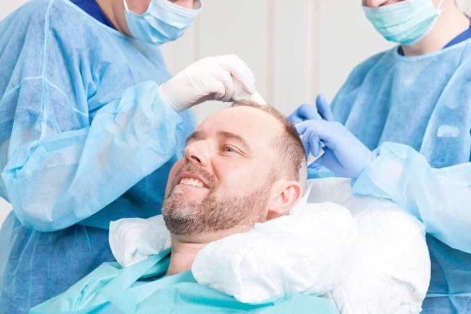 hair-transplant-surgeon-675x450 Best 10 Hair Transplant Clinics in Dubai