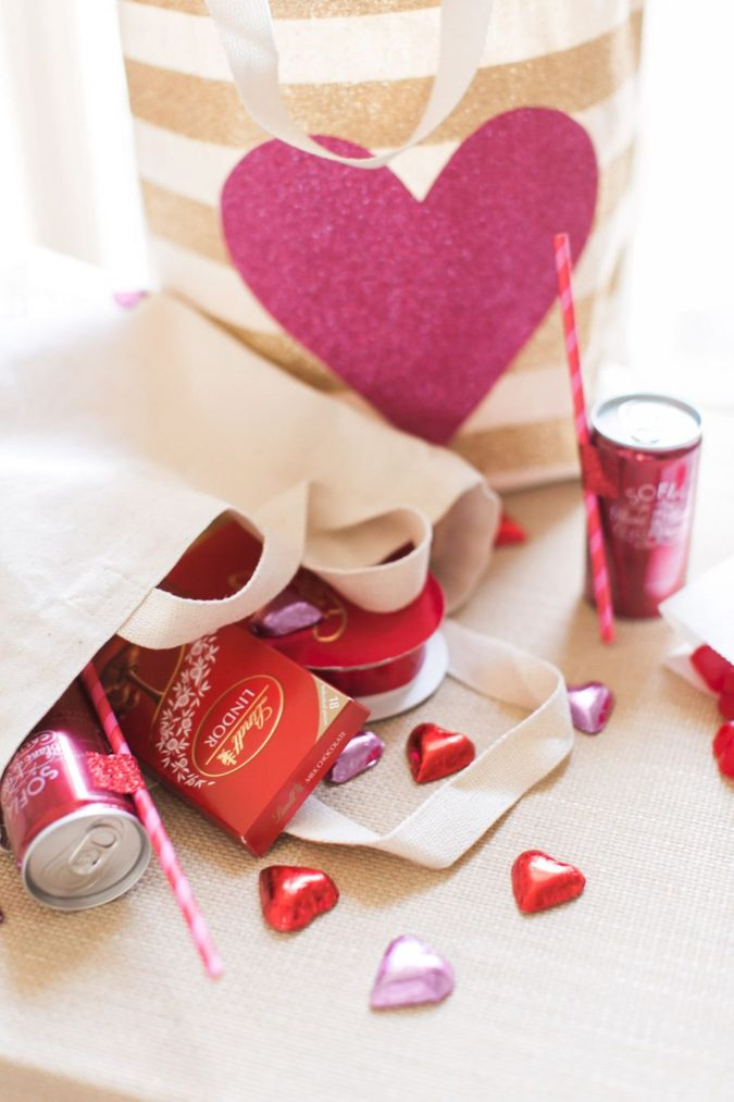 pink-decor.-675x1013 30+ Most Creative Valentine's Day Ideas & Trends for 2020