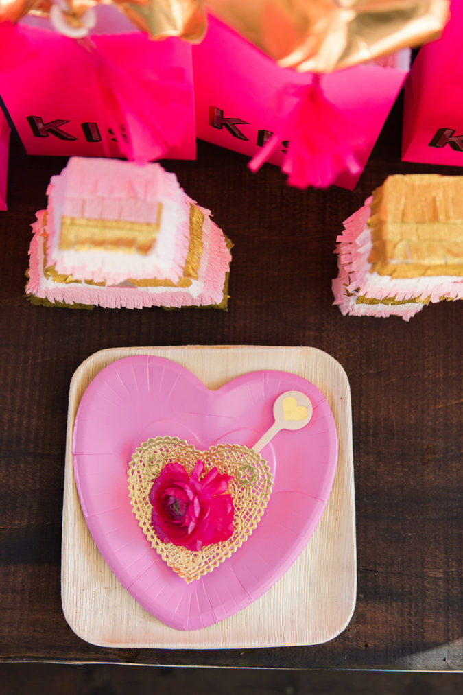 pink-decoration.-675x1013 30+ Most Creative Valentine's Day Ideas & Trends for 2020