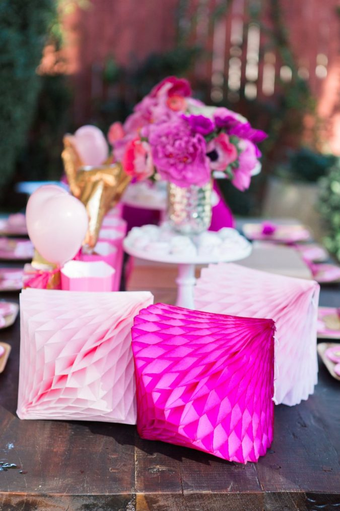 pink-decoratios-675x1013 30+ Most Creative Valentine's Day Ideas & Trends for 2021