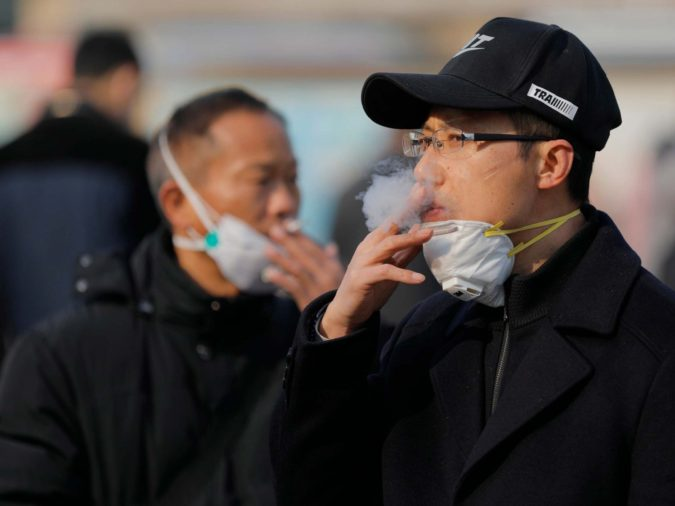 smokers-675x506 10 Coronavirus Facts and Expectations in 2021