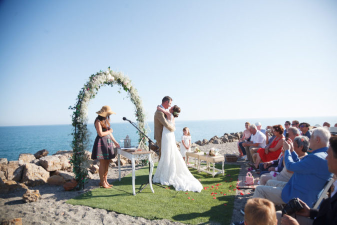 Beach-Wedding-675x450 Why a Beach Wedding Is the Perfect Choice for Couples