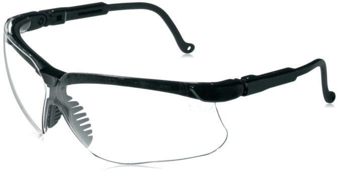 Howard-Leight-Genesis-Glasses-675x343 15 Hottest Eyewear Trends for Men 2021