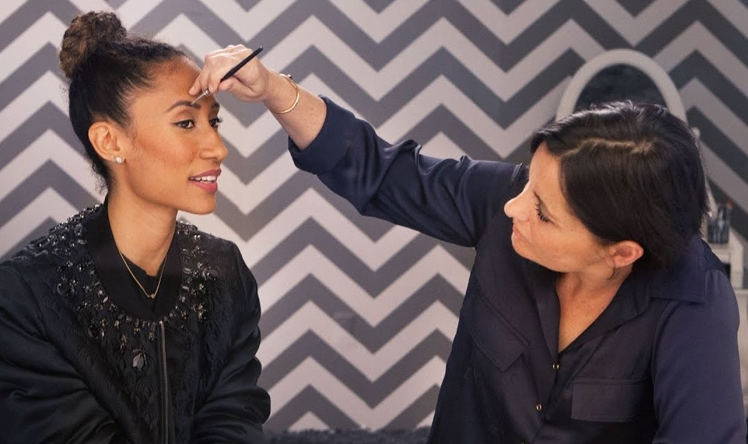 Jeanine-Lobell-2 Top 25 Most Famous Makeup Artists in The USA