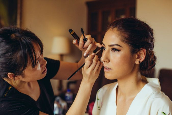 Mai-Quynh-makeup-artist-1-675x450 Top 25 Most Famous Makeup Artists in The USA