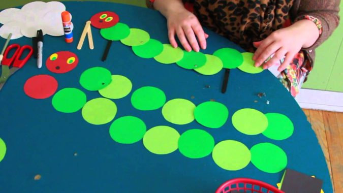 Caterpillar-Paper-Craft-675x380 18 Easiest Craft Ideas That You Can Create with Your Kids