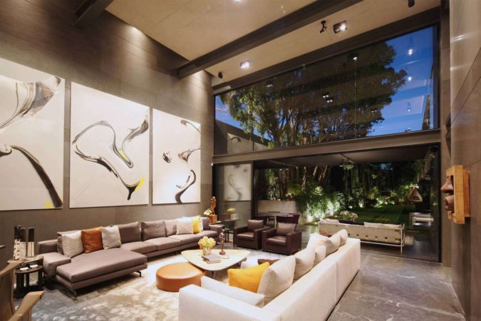 Contemporary-Splendor-675x450 Top 25 Most Luxurious Rooms in the World
