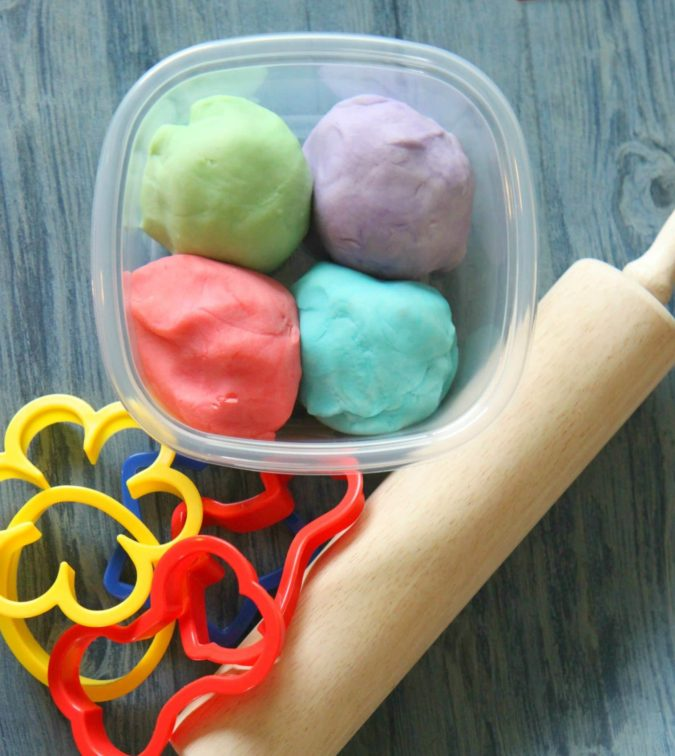 Easy-Playdough-675x756 18 Easiest Craft Ideas That You Can Create with Your Kids