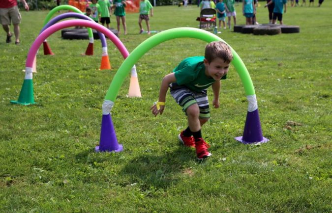Obstacle-Course-with-Pool-Noodles-675x434 18 Easiest Craft Ideas That You Can Create with Your Kids