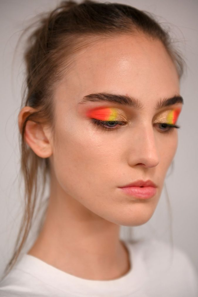 Ombré-Eyeshadow-675x1013 15 Most Fabulous Makeup Trends to Be More Gorgeous in 2020