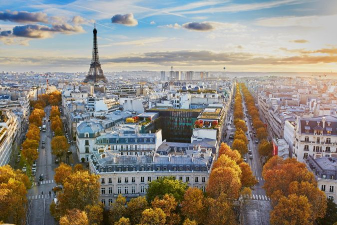 Paris-675x450 7 Things Americans Should Know Before Visiting France
