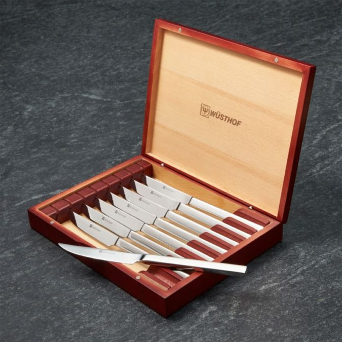 Steak-Knives-2-675x675 Awesome Gifts for Those Who Love to Entertain