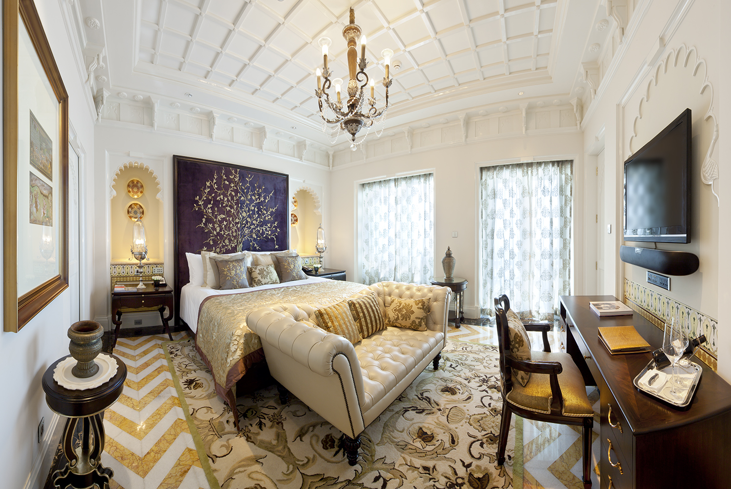 Taj-Mahal-Palace Top 25 Most Luxurious Rooms in the World