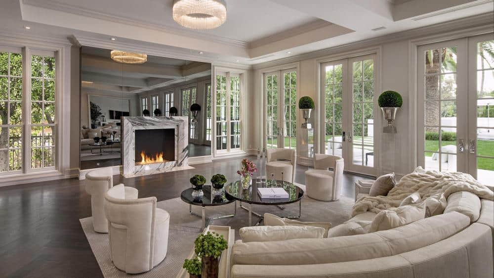 The-exotic-Solarium-styled-luxurious-living-room Top 25 Most Luxurious Rooms in the World