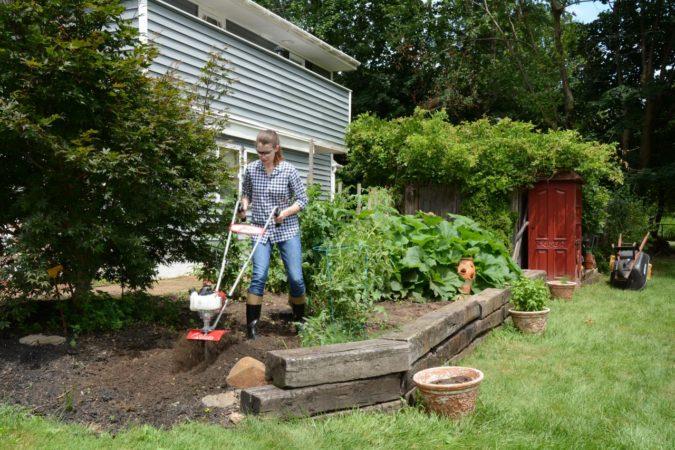 environmental-home-garden-2-675x450 Top 20 Garden Trends: Early Predictions to Adopt