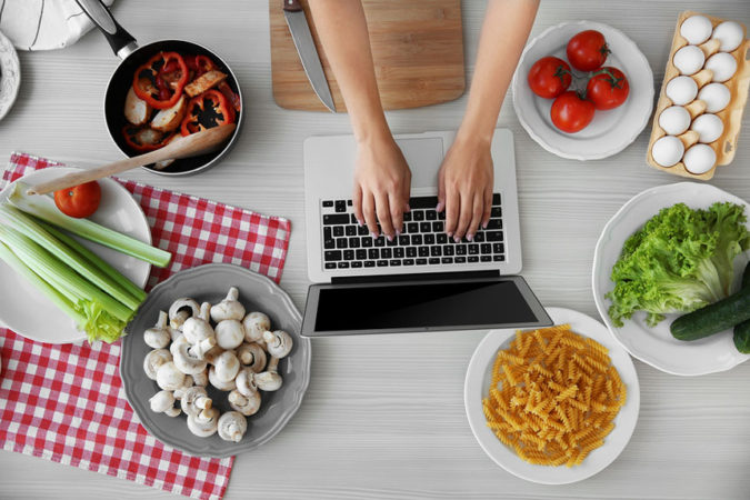 food-blogger-675x450 How Do I Become a Food Blogger?