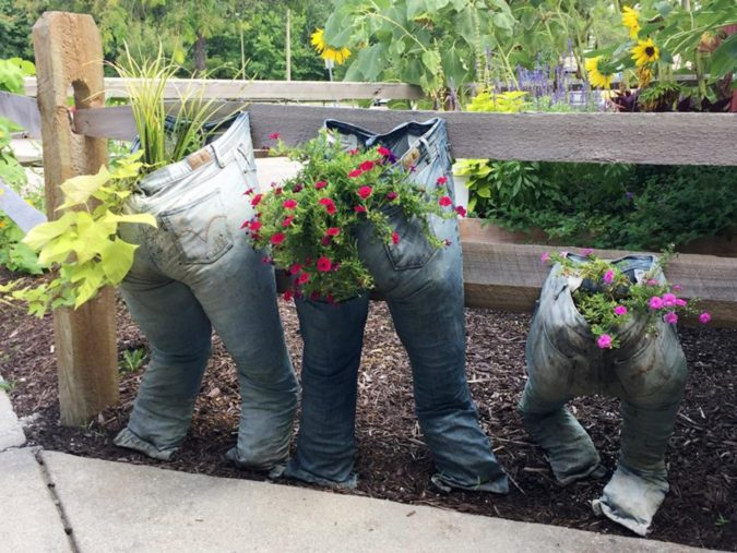 home-garden-upcycling-2-675x507 Top 20 Garden Trends: Early Predictions to Adopt