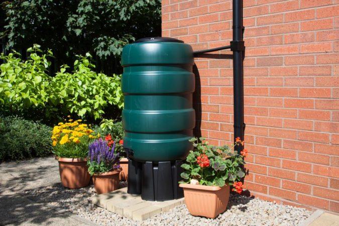 home-garden-water-butt-2-675x450 Top 20 Garden Trends: Early Predictions to Adopt