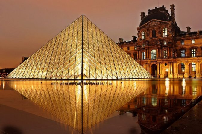 louvre-museum-paris-675x450 7 Things Americans Should Know Before Visiting France