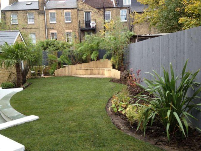 low-maintenance-home-garden-2-675x506 Top 20 Garden Trends: Early Predictions to Adopt