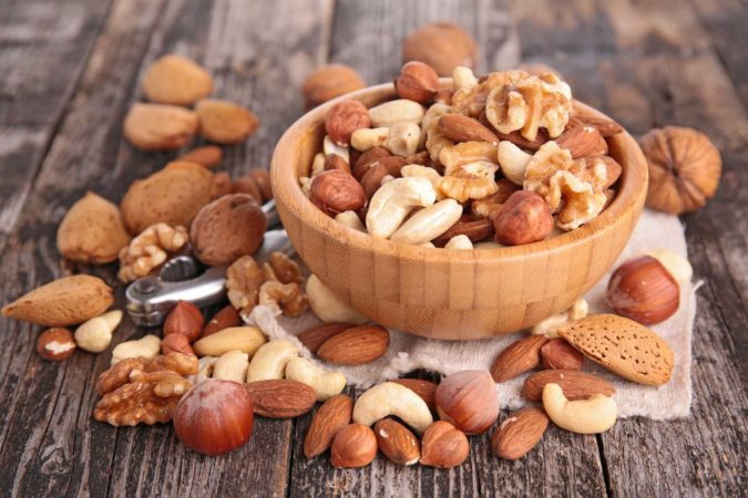 nuts-675x450 Nutrition Guide for Dementia