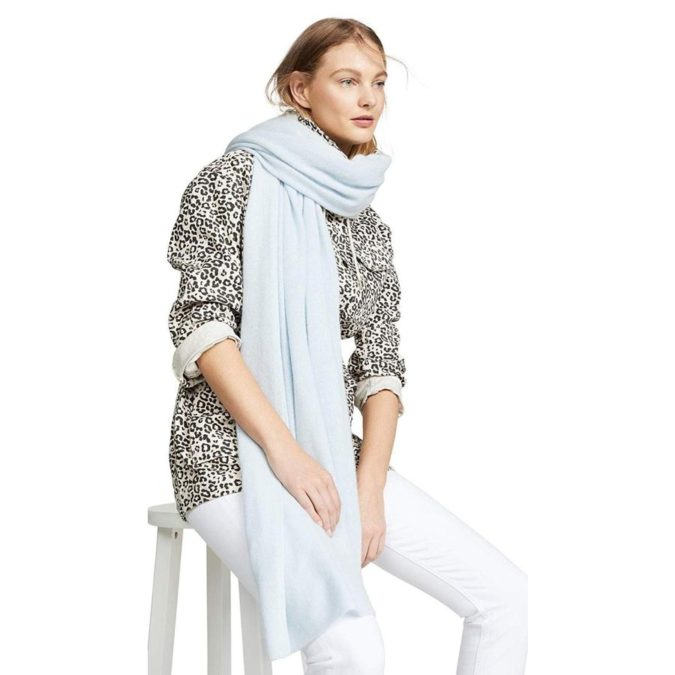 Cashmere-Scarf-675x675 10 Most Luxurious Looking Scarf Trends for Women in 2021