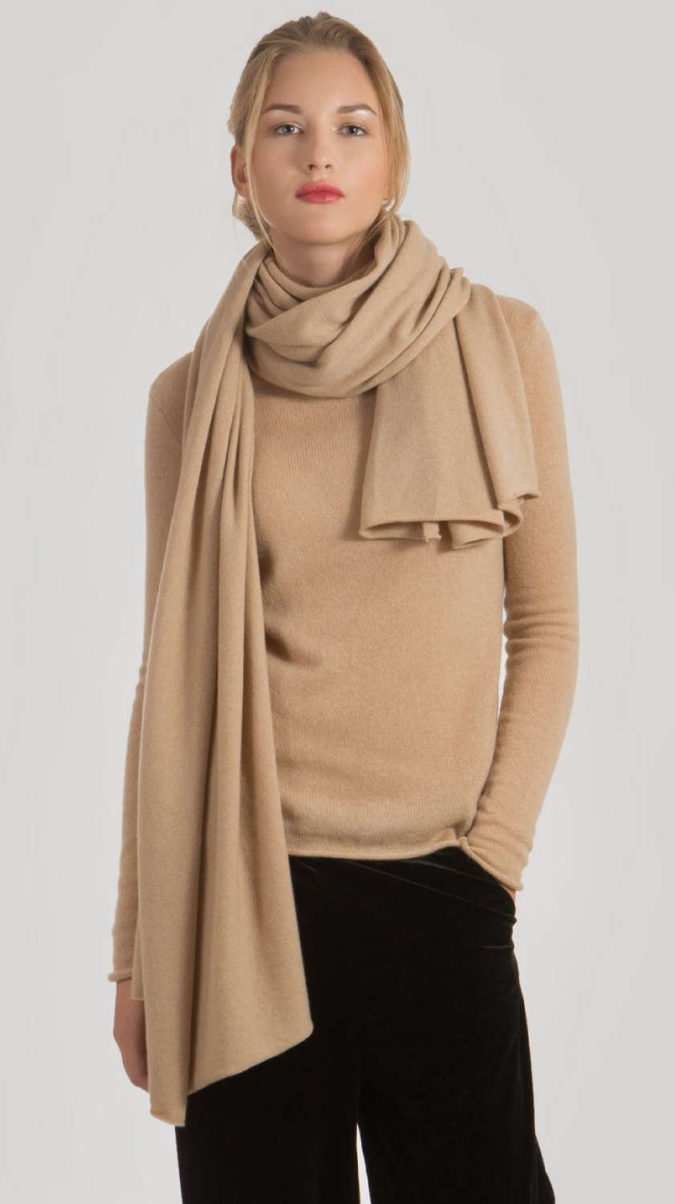 Cashmere-Scarf.-675x1204 10 Most Luxurious Looking Scarf Trends for Women in 2021