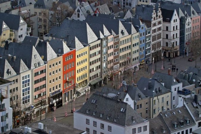 Cologne-Old-Town-675x450 Planning a Trip to Cologne? Best Attractions Revealed