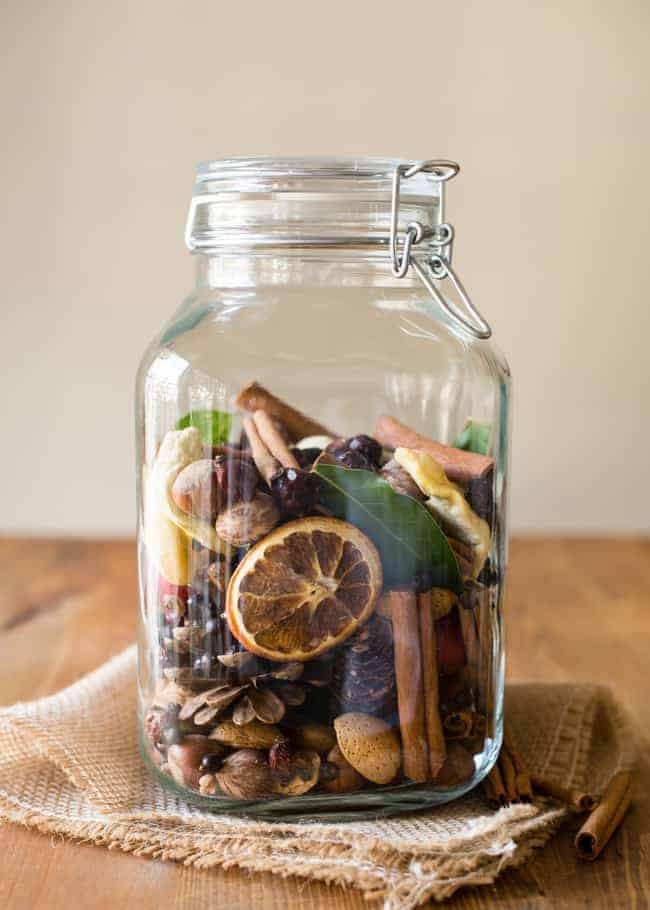 DIY-scent-filled-home-jar-2 10 Ways to Keep Your Home Smelling Clean and Fresh