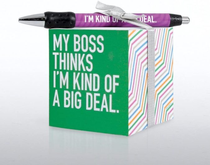 Employee-Gift-Set-675x530 25 Best Employee Gifts Ideas They Will Actually Need