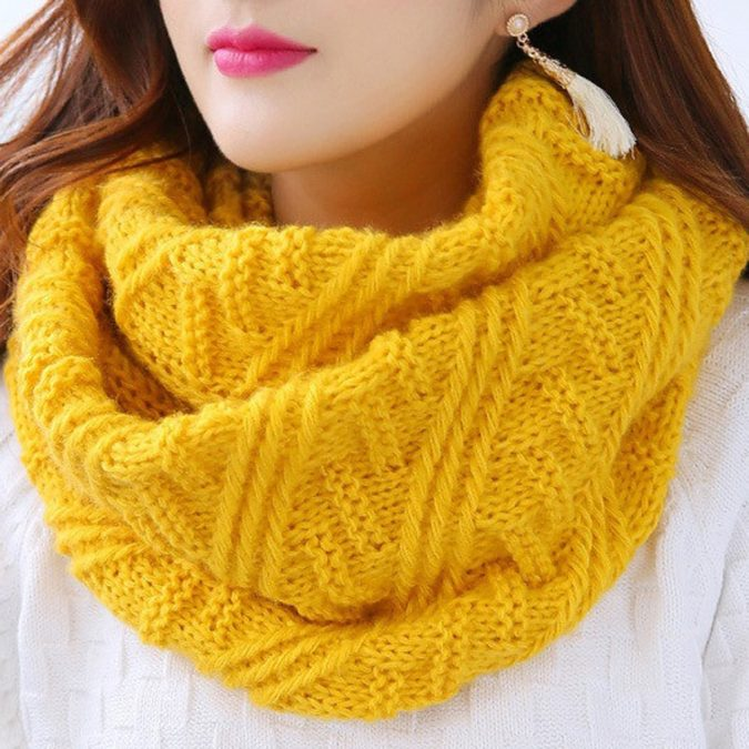 Knitted-scarves-675x675 10 Most Luxurious Looking Scarf Trends for Women in 2020