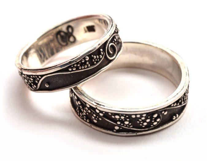 Oxidized-silver-jewelry-bracelets-675x525 30 Hottest Jewelry Trends to Follow in 2020