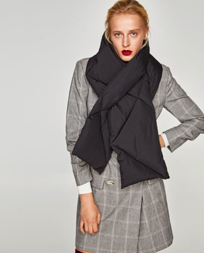 Puffer-scarves-675x837 10 Most Luxurious Looking Scarf Trends for Women in 2020