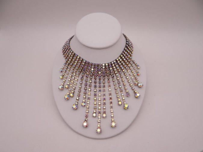 Rhinestone-Necklace-jewelry-675x507 +30 Hottest Jewelry Trends to Follow in 2021