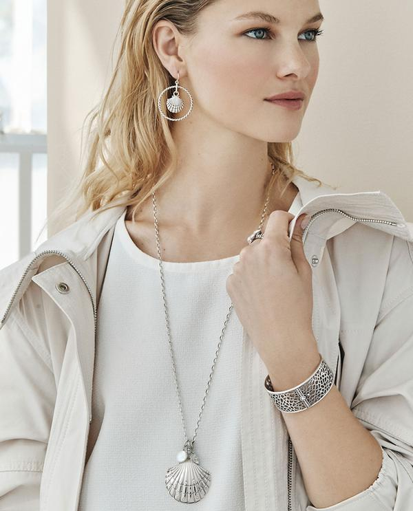 Seashore-jewelry-2 +30 Hottest Jewelry Trends to Follow in 2021