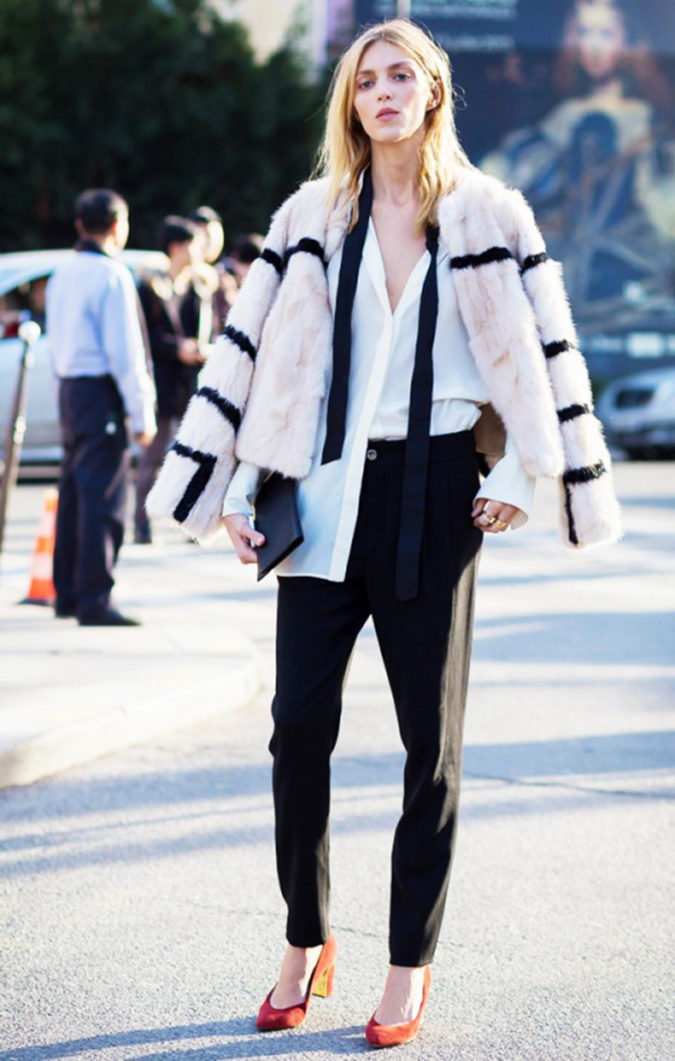 Skinny-scarves..-1-675x1061 10 Most Luxurious Looking Scarf Trends for Women in 2020