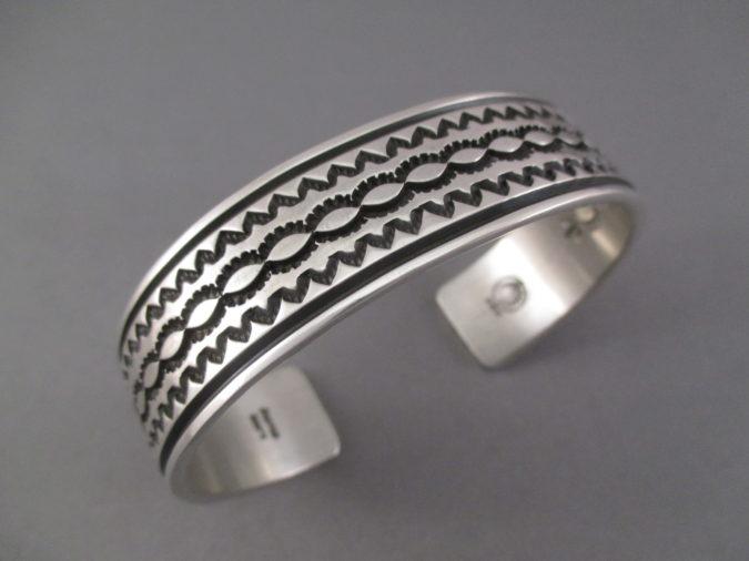 Sterling-silver-bracelet-2-675x506 +30 Hottest Jewelry Trends to Follow in 2021
