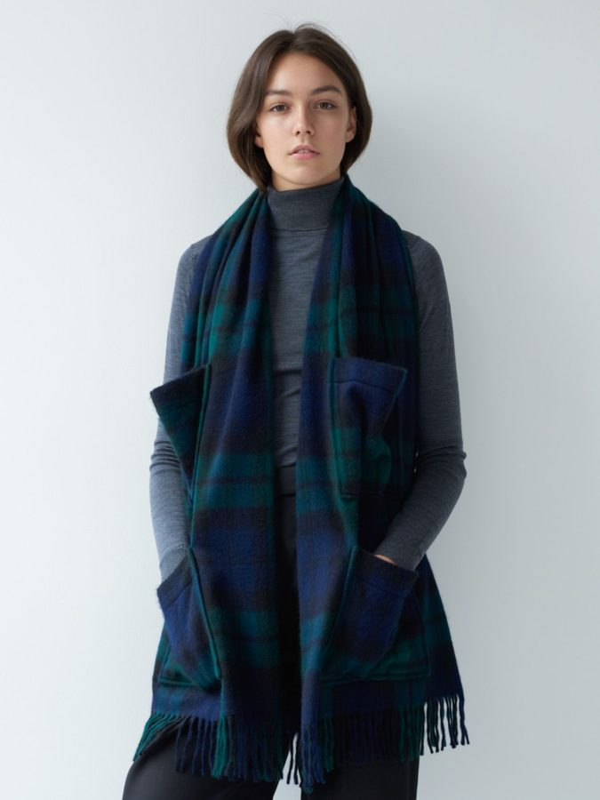 Tartan-Scarf-1-675x900 10 Most Luxurious Looking Scarf Trends for Women in 2020