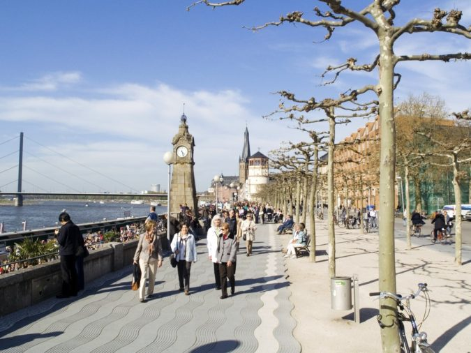 cologne-Rheinuferpromenade-675x506 Planning a Trip to Cologne? Best Attractions Revealed