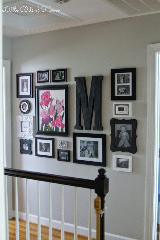 hallway-decor-Pictorial-Art-Work-gallery-wall-675x1013 8 Trendy Hallway Decor Ideas to Revamp Your Home