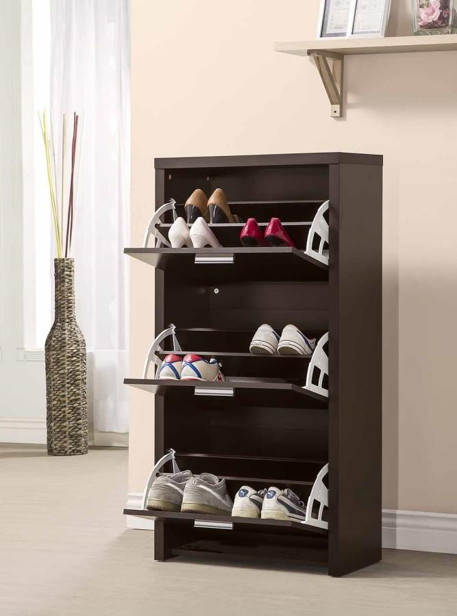 home-shoe-rack-1 10 Ways to Keep Your Home Smelling Clean and Fresh