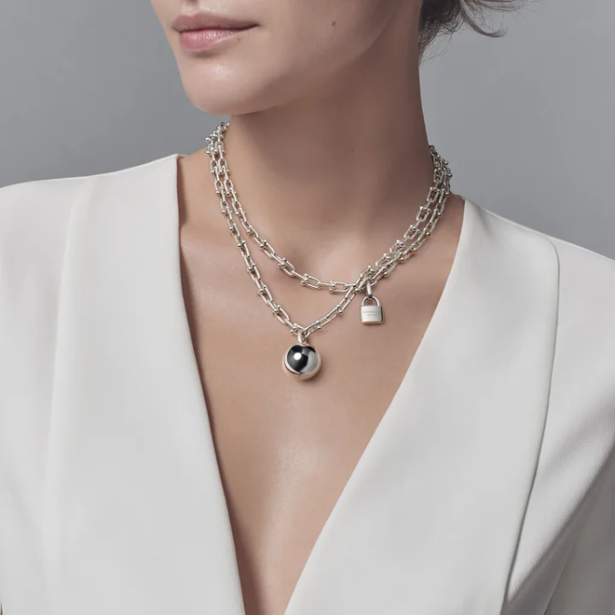 jewelry-Oversized-chain-necklace-675x675 +30 Hottest Jewelry Trends to Follow in 2021