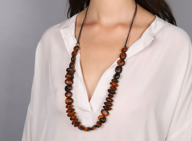jewelry-Tortoiseshell-Designs-675x494 30 Hottest Jewelry Trends to Follow in 2020