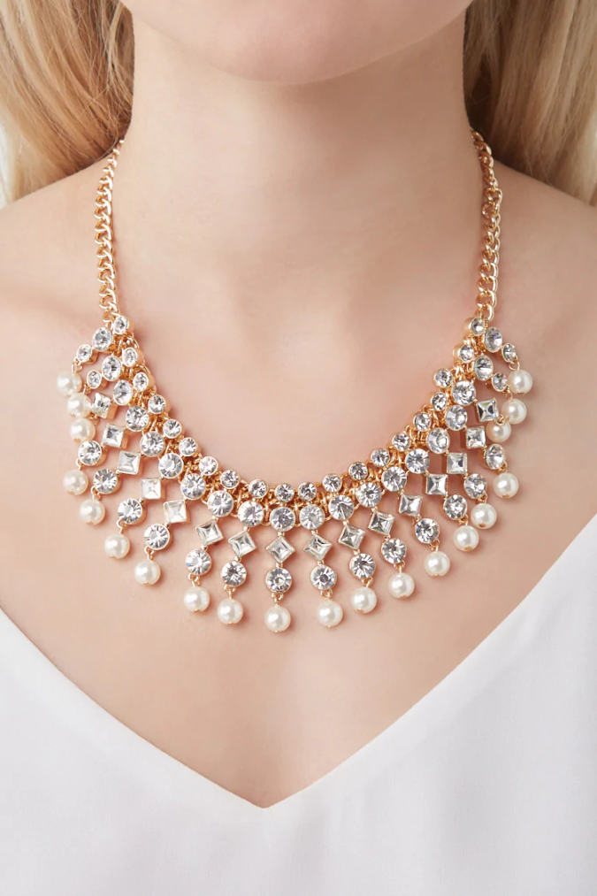 jewelry-pearls-Rhinestone-Necklace-675x1013 +30 Hottest Jewelry Trends to Follow in 2021