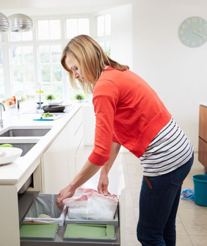 kitchen-garbage-675x804 10 Ways to Keep Your Home Smelling Clean and Fresh