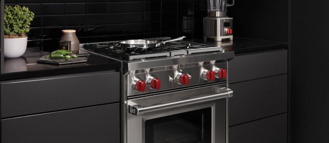 kitchen-stove-2-675x295 Choosing Best Stove for Your Home