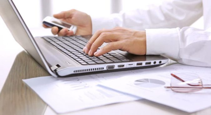 laptop-lawyer-675x367 Top 20 Digital Media And Internet Lawyers in the USA