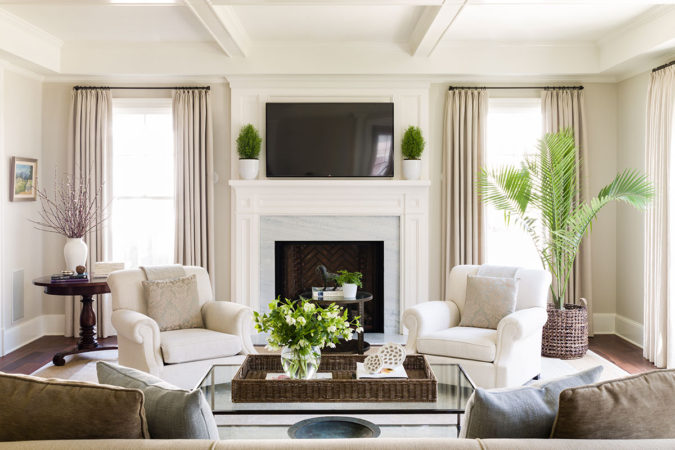 living-room-with-large-windows-sunroom-675x450 25 Stunning Interior Decorating Ideas for Sunrooms